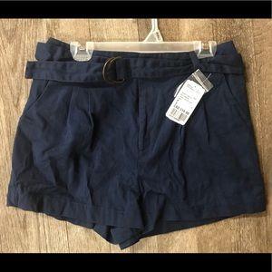 NWT F21 Navy Blue Size SM Shorts W.Belt